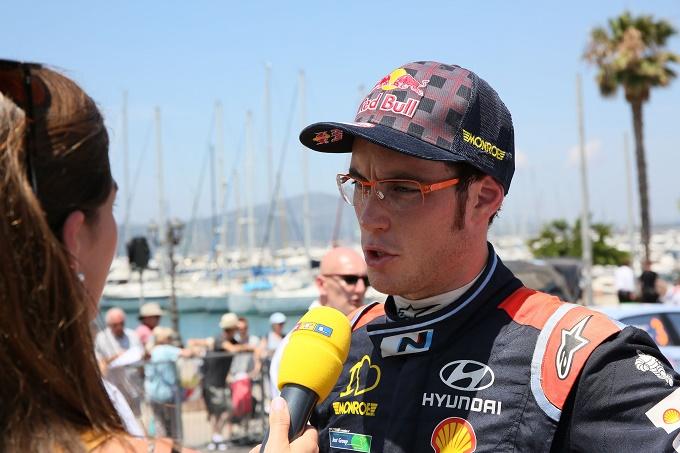 WRC – Rally di Sardegna, Neuville perde secondi ma resiste