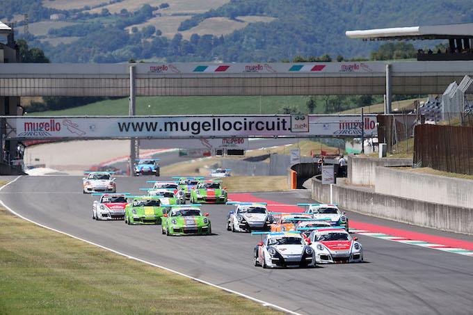 Carrera Cup Italia, Ledogar imprendibile sui saliscendi del Mugello