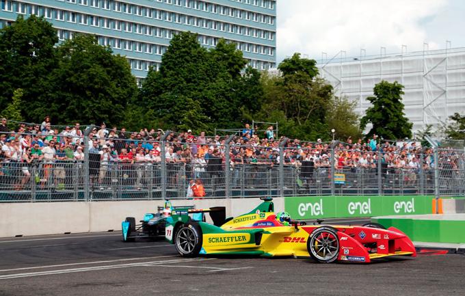 Formula E – Londra: Lucas Di Grassi penalizzato di 50″ per il contatto con Buemi