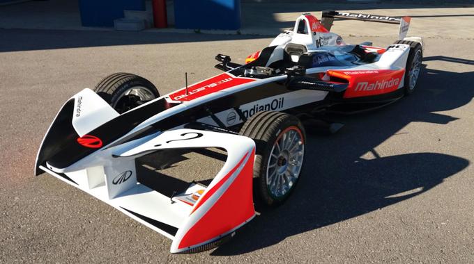 Formula E – Svelata a Varano una nuova futuristica ala anteriore per la terza stagione