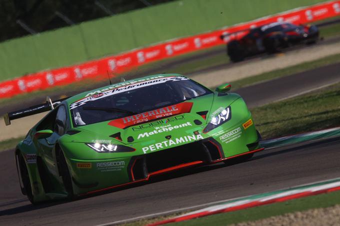 Bortolotti-Mul e Imperiale Racing si impongono in Gara 2 nel round di Imola del Campionato Italiano Gran Turismo