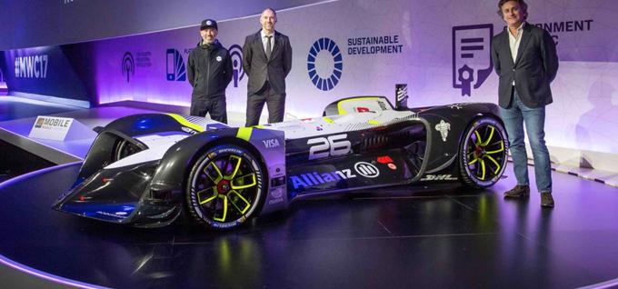 Formula E: Roborace presenta la prima vettura elettrica a guida autonoma
