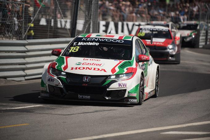 WTCC   Al via il round di Monza, tutti a caccia di Monteiro e Honda