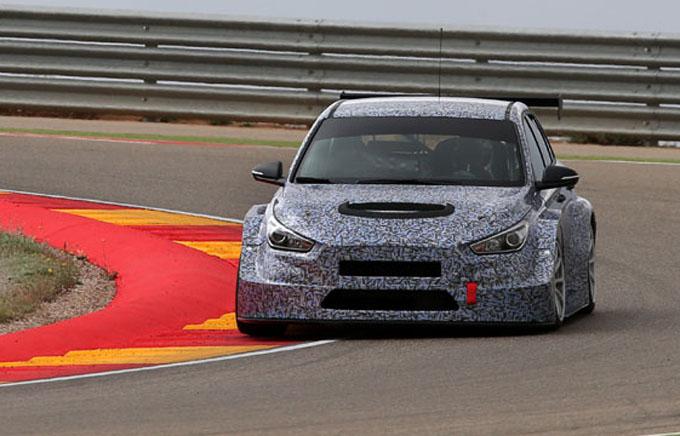 TCR – Hyundai: la i30 in pista ad Aragon
