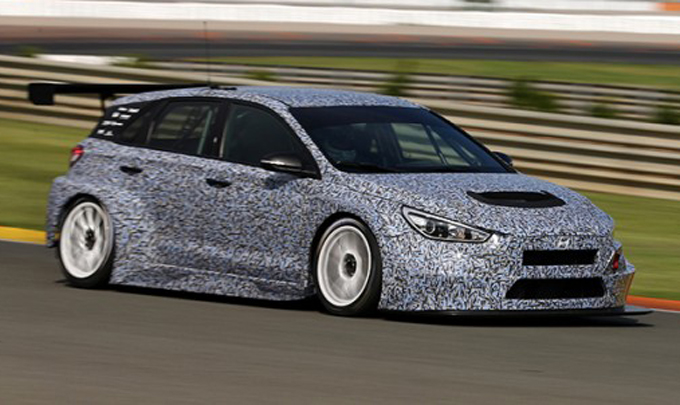 TCR – Hyundai: la i30 prosegue lo sviluppo a Valencia