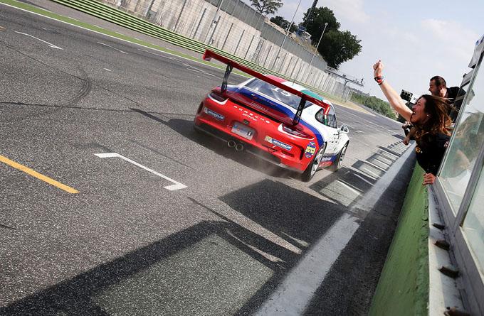 Porsche Carrera Cup Italia – Vallelunga, gara-2: la rivincita di Pera
