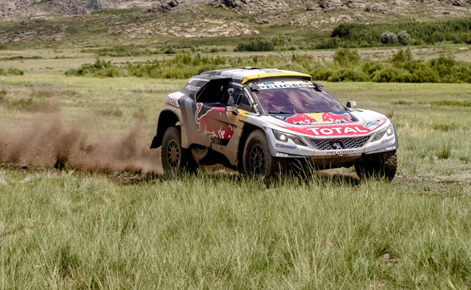 Silk Way Rally – 6^ tappa, Peugeot: successo di Peterhansel, Loeb rimane in testa