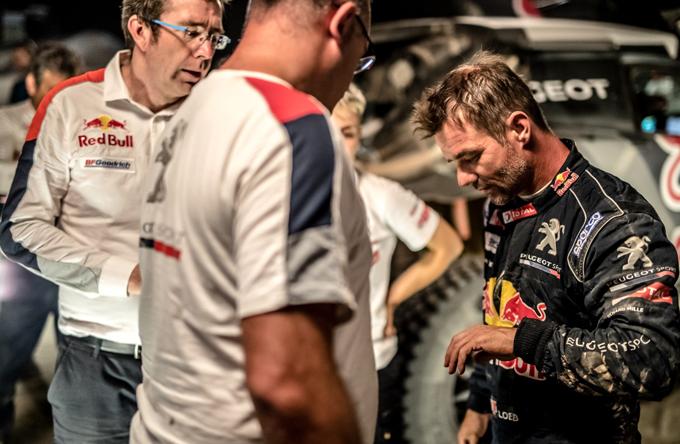 Silk Way Rally – Peugeot: Loeb costretto al ritiro