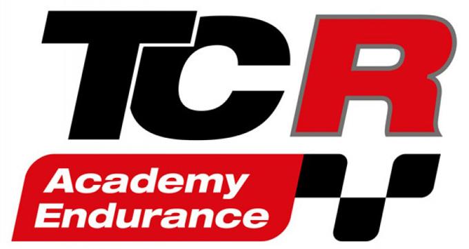 TCR – Partnership col tracciato di Adria: ecco TCR Academy e TCR Academy Endurance