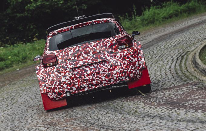 Citroen: Paolo Andreucci ha provato la C3 R5 in Francia