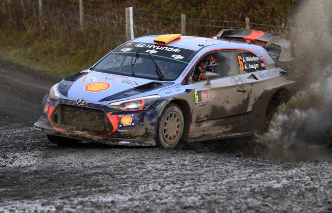 WRC – Hyundai: 4 equipaggi per la stagione 2018, ma correranno 3 vetture