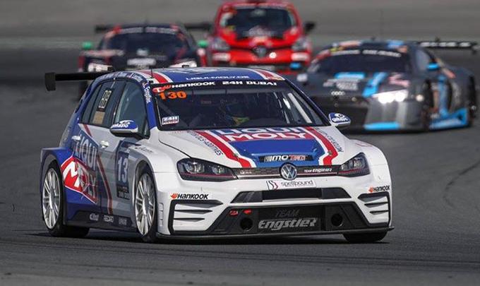 24 Ore di Dubai – La Volkswagen del Team Engstler svetta in classe TCR