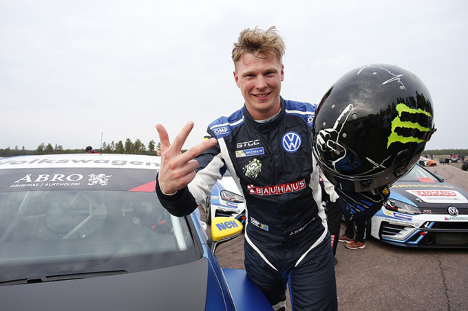 TCR Scandinavia – Kristoffersson al via con KMS