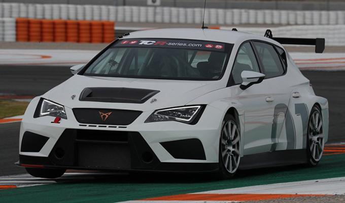 Seat – La Cupra TCR sarà la prima auto da corsa del nuovo marchio