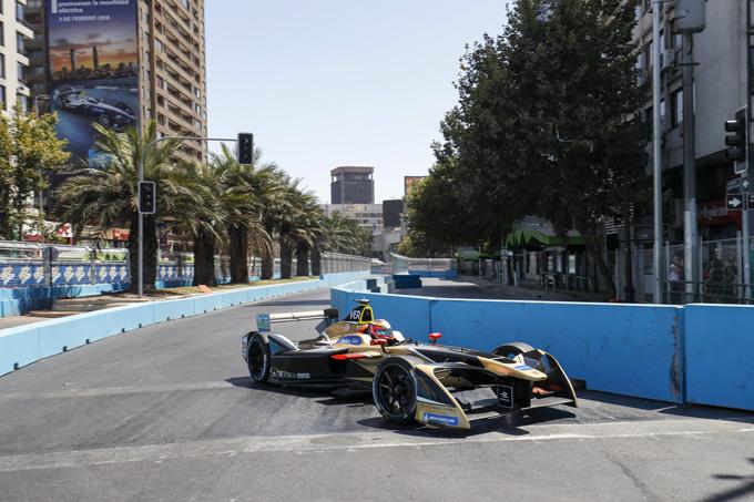 Formula E – Santiago: Seconda Pole Position stagionale per Vergne. Bird e Lotterer a muro nella Superpole