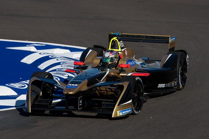 Formula E – Santiago: Vergne precede Lotterer nella doppietta Techeetah al termine di una gara folle