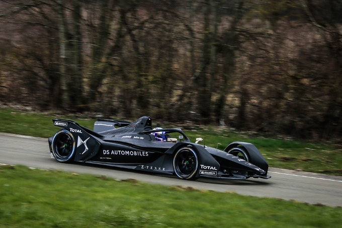 Formula E: La nuova DS E-TENSE FE 19 già in pista per il primo shakedown