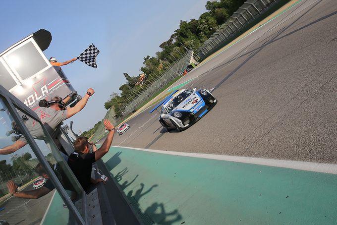 Porsche Carrera Cup Italia | Il rookie Mosca mette tutti in fila in Gara 1