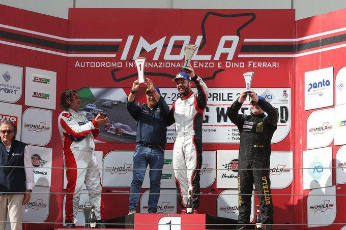 TCR Italy | Ferrara centra la doppietta nelle gare del primo round