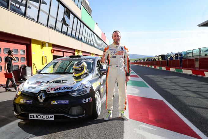 Renault Clio Cup Italia | Doppia pole Essecorse con Matteo Poloni. Oggi la gara