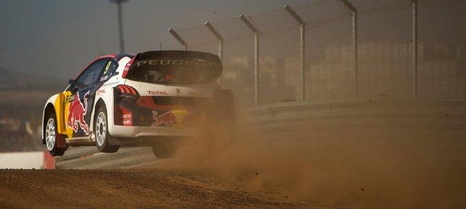 Rallycross | Peugeot scalda i motori della 208 WRX [VIDEO]