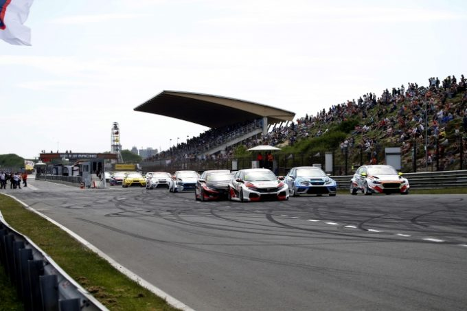 TCR Europe | Azcona e Files si dividono i successi a Zandvoort