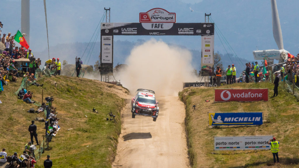 WRC | Tre forature rovinano il Rally del Portogallo della Citroen