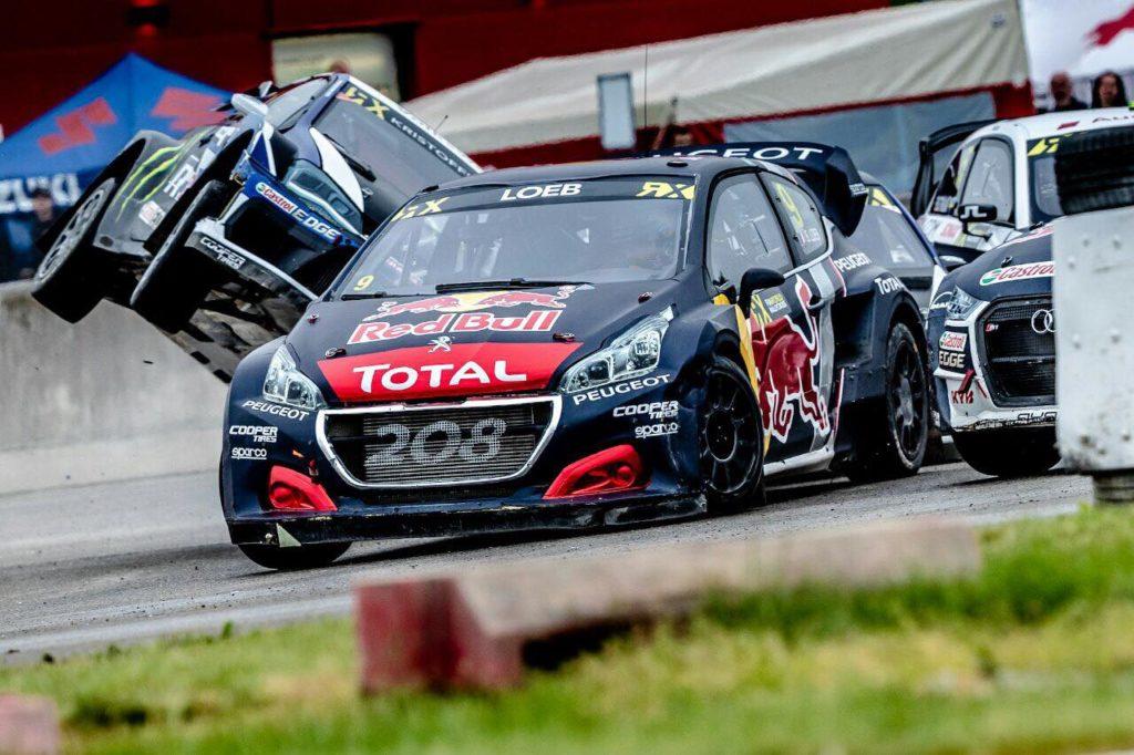 Rallycross | Che battaglia in Belgio, a spuntarla sono Loeb e la Peugeot