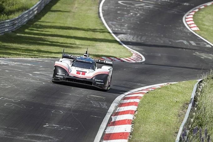 Porsche 919 Evo spaziale, battuto il record al Nurburgring Nordschleife