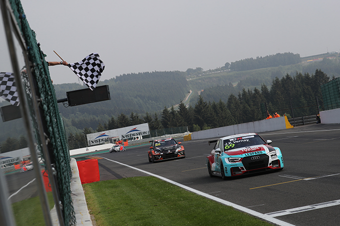 TCR Europe | Azcona consolida la leadership a Spa-Francorchamps, vittorie a Vernay e Richard