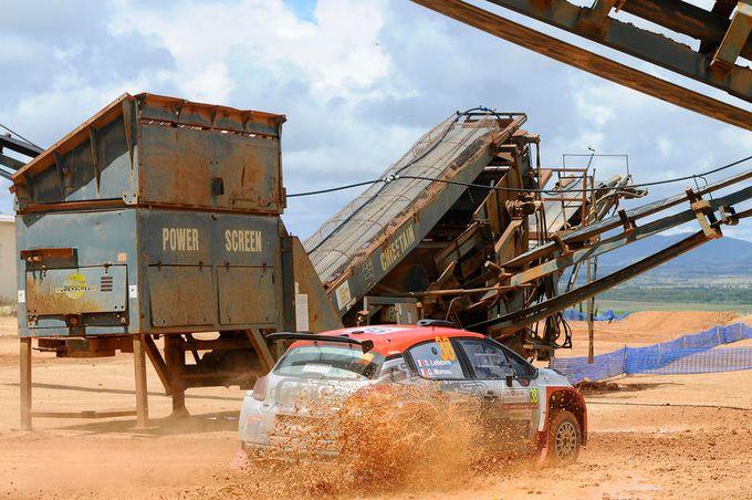 WRC2   Pur nelle difficoltà, passi avanti per la Citroen C3 R5 in Sardegna