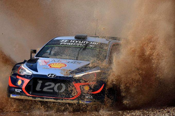 WRC   Rally Italia Sardegna ancora aperto tra Ogier e Neuville