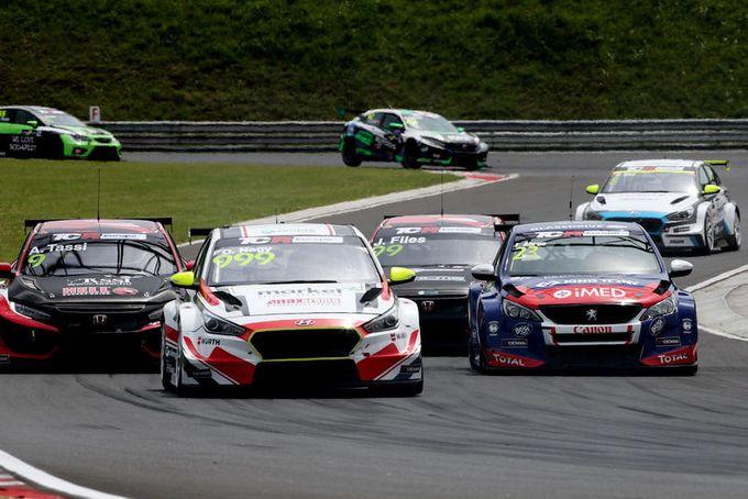 Team Clienti Hyundai: ottimi risultati nella classe TCR e nei rally nazionali