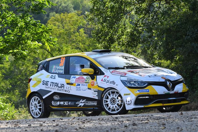 Trofei Renault Rally | Ferrarotti e Paris si giocano la leadership al Rally di Roma Capitale