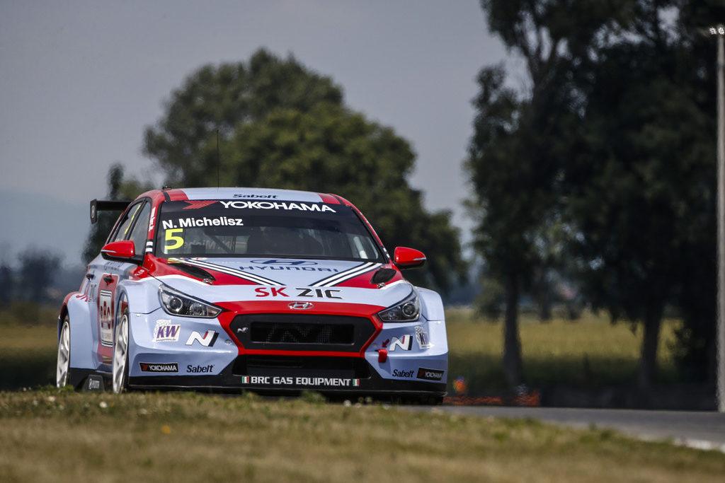 WTCR | Race of Slovakia, Gara 3: prima vittoria per Michelisz