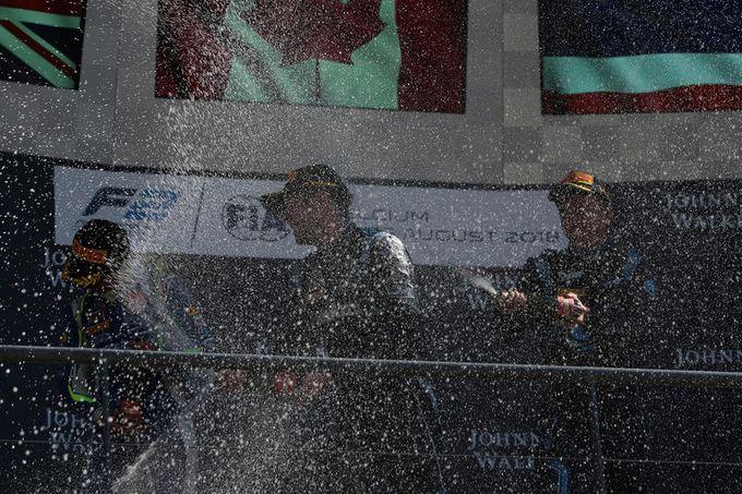 FIA F2 | A Spa-Francorchamps vittorie per de Vries e Latifi. Campionato apertissimo
