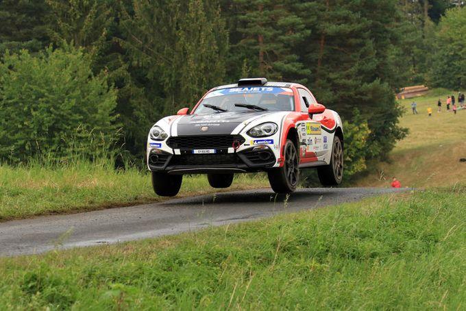 Raphael Astier sulla Abarth 124 Rally vince il titolo nella Coppa del Mondo FIA R-GT