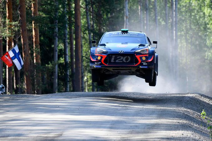 WRC | Rally Finlandia, lo spettacolare video onboard dalla Hyundai di Paddon [VIDEO]