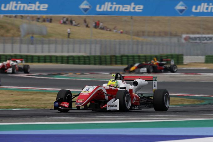 FIA F3 | Schumacher da favola a Misano, Vips e Aron portano alto l'Estonia