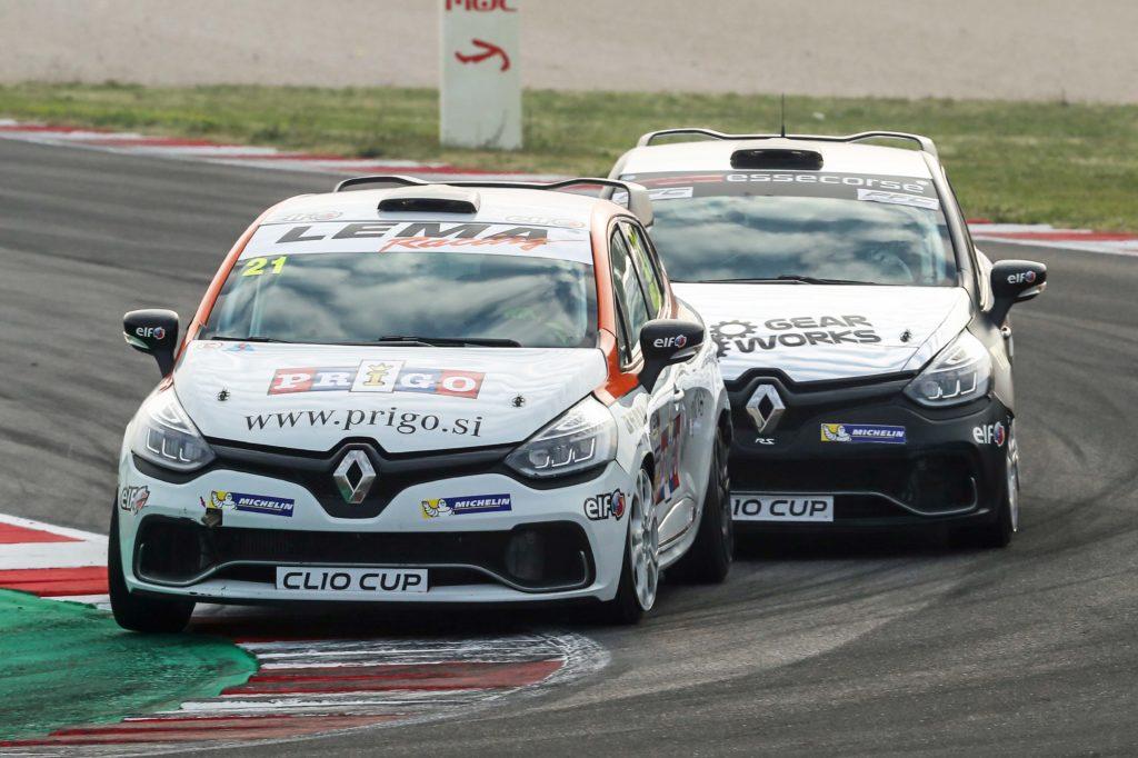 Renault Clio Cup Italia | Avbelj e Poloni si dividono le gare, Di Luca rimane leader