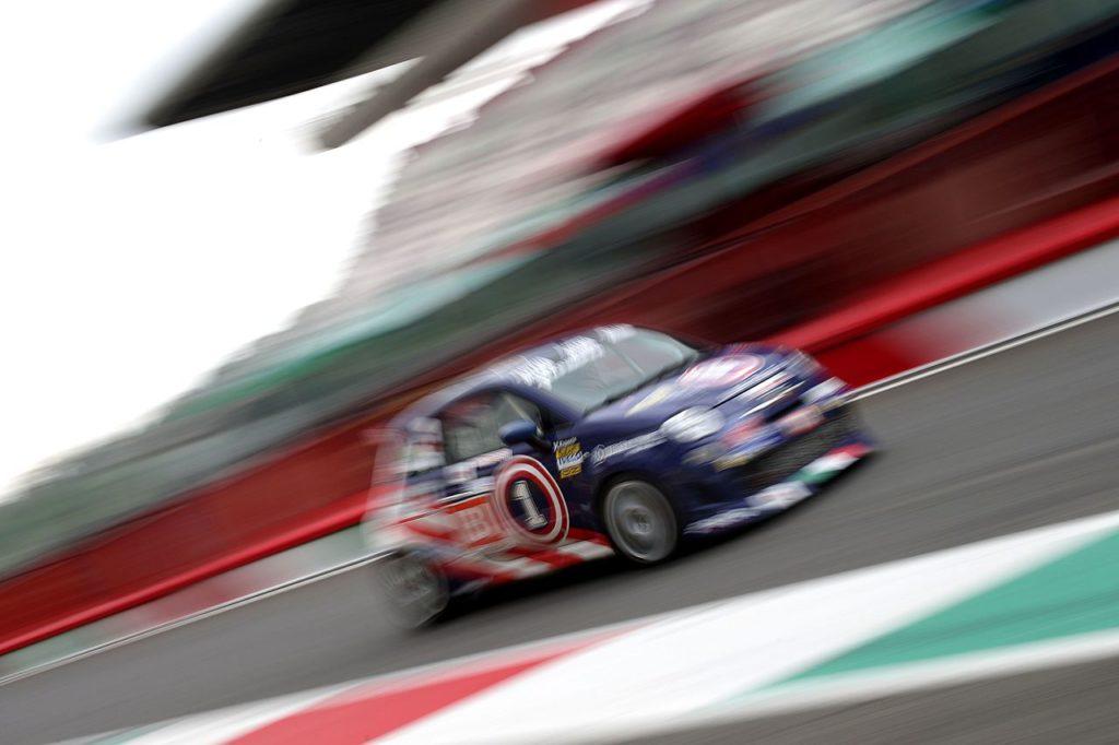 Cosimo Barberini vince il suo terzo Trofeo Abarth Selenia, un altro podio per Nucita con la 124 Rally