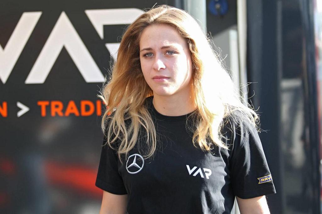 FIA F3 | Nessun danno al midollo spinale per la Floersch, operata con successo