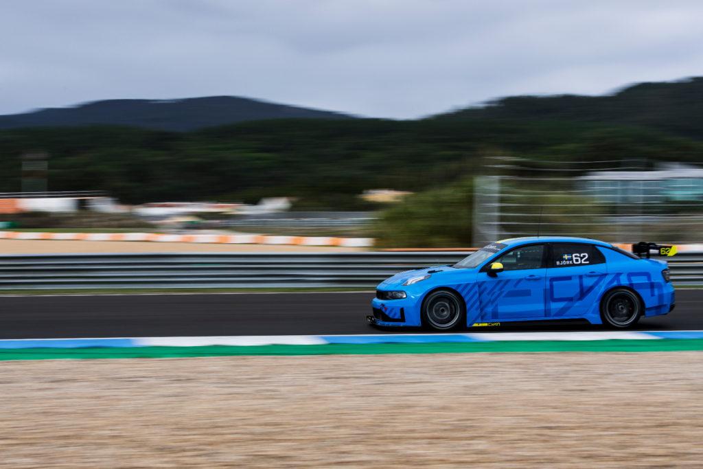 FIA WTCR | Bjork e Muller hanno completato i primi test della Lynk & Co 03 TCR