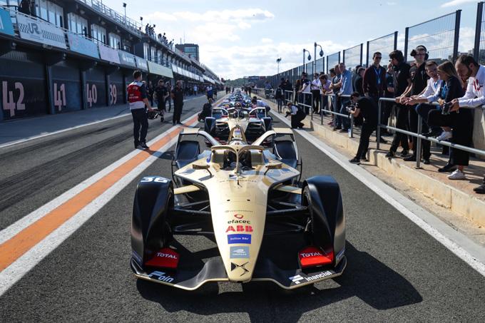 Formula E | DS E-Tense FE 19 pronta al debutto a Ryad