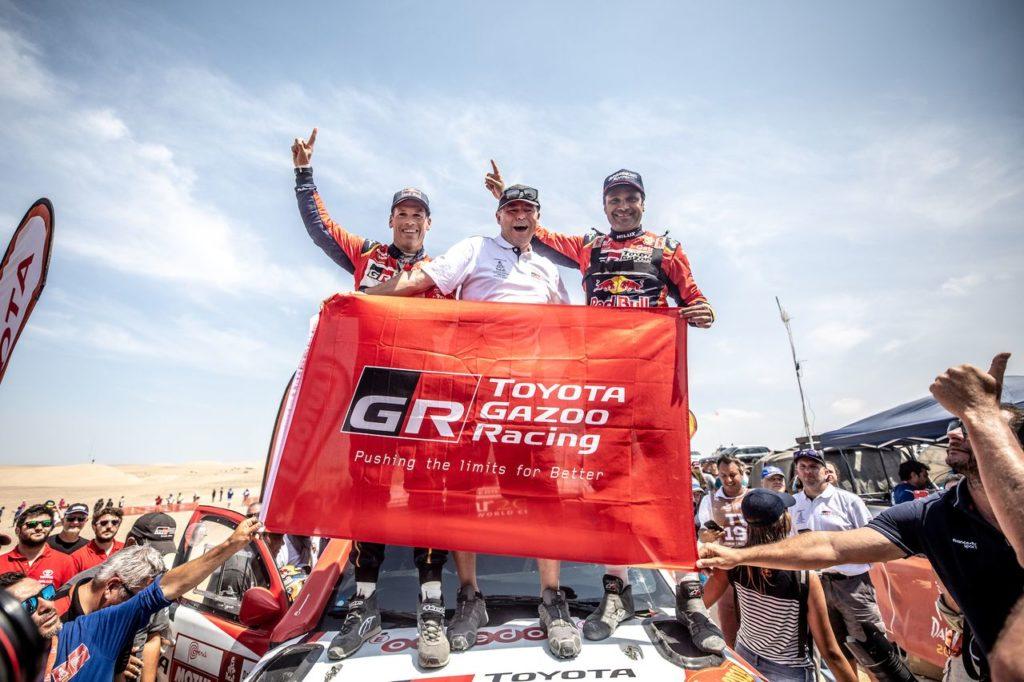 Dakar | Il gioco di squadra premia Toyota. Prime indiscrezioni sul futuro della gara