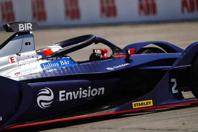 Formula E | Santiago e-prix: Buemi va a muro e regala la vittoria a Sam Bird! Crollano tutti i big