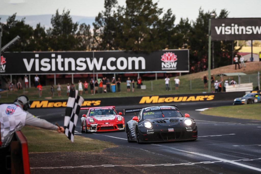 Intercontinental GT Challenge | 12 Ore di Bathurst, Gara: un Campbell scatenato porta in alto la Porsche