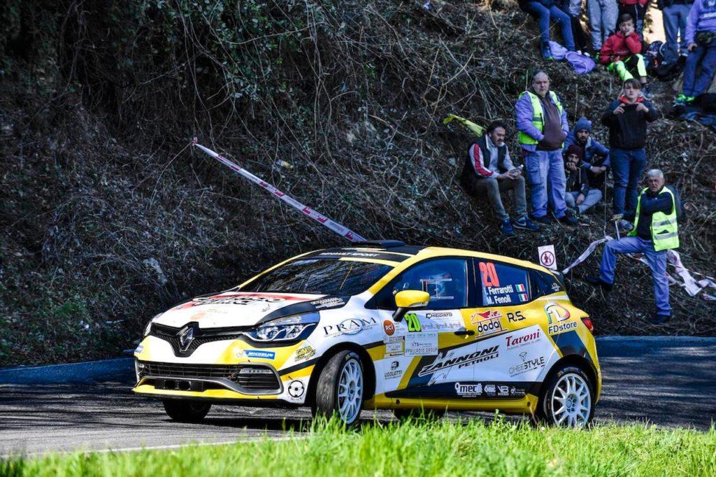 Trofei Renault Rally | Ivan Ferrarotti inaugura il Trofeo Clio R3 Top vincendo al Ciocco