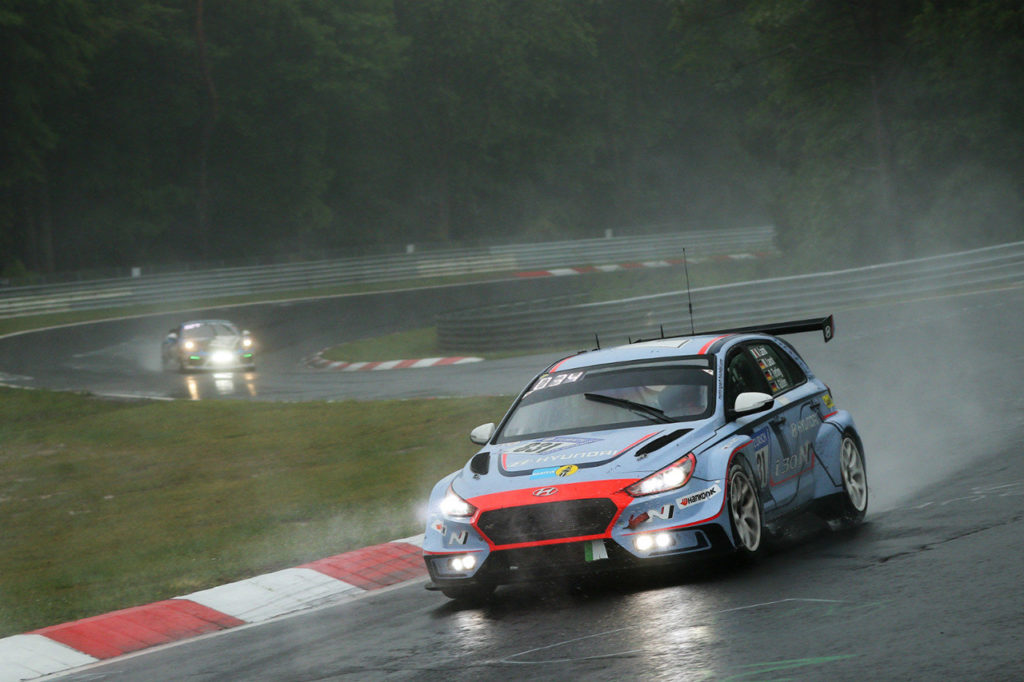 Hyundai alla 24 Ore del Nurburgring con una i30 N TCR e una Veloster N TCR