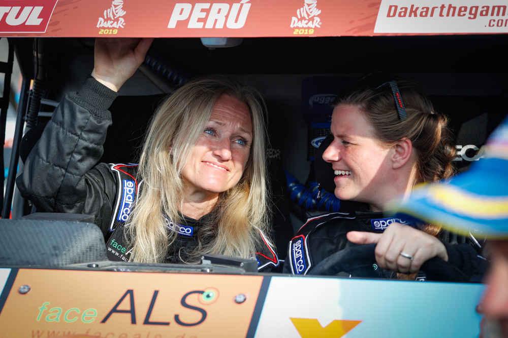 "Andrea Peterhansel vince con il marito Stephane l'Abu Dhabi Desert Challenge. ""Ora la Dakar insieme"""